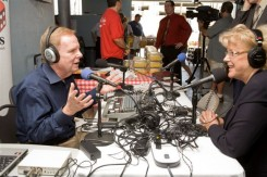 Post image for 061 Dice Tomatoes: Las Vegas Mayor Carolyn G. Goodman Visits FEED Farmers Market and Joins John Donovan on Dice Tomatoes Radio Show