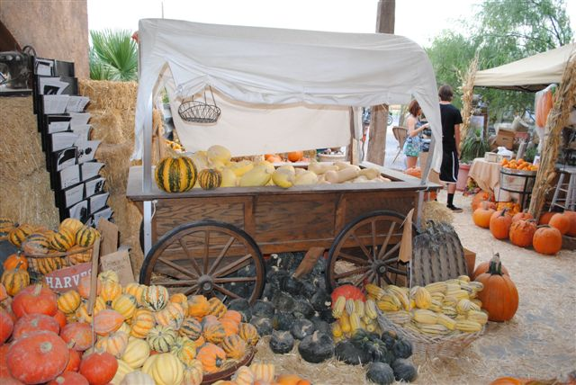 Post image for Dice Tomatoes: The Annual Fall Harvest Festival at Sharon Lisenbardt's 'The Farm' in Las Vegas, Nevada
